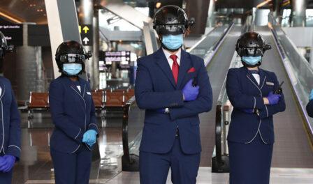 personal del aeropuerto covid-19