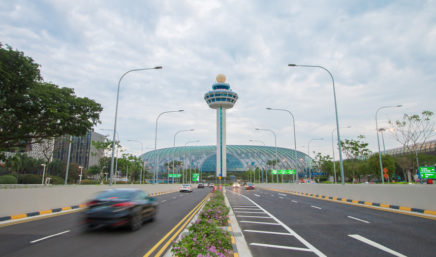 changi airport approach roadway